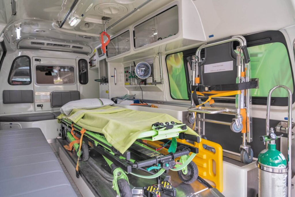 Ambulance 2 L 1024x683