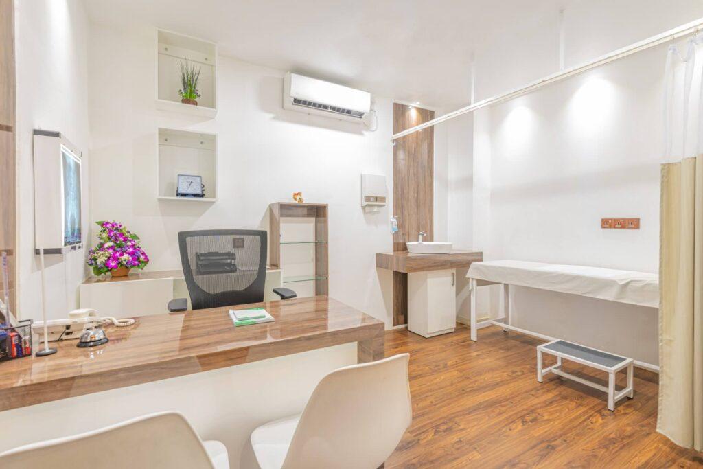 Consultation Room 5 L 1024x683